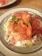 トマトと生ハムとバジルの冷たいパスタ