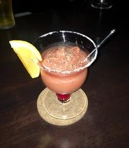 「樹なり甘熟とまとジュース」を贅沢に使用したウォッカベースのカクテル